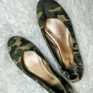 Mossimo Camo Ballet Flats